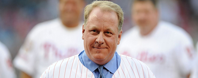 Curt Schilling retweeted a conspiracy theory on a Parkland shooting victim. (AP)