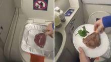 """Die Wahrheit hinter dem viralen TikTik-Video eines Mannes, der """"in einer Flugzeugtoilette ein Steak grillt"""""""