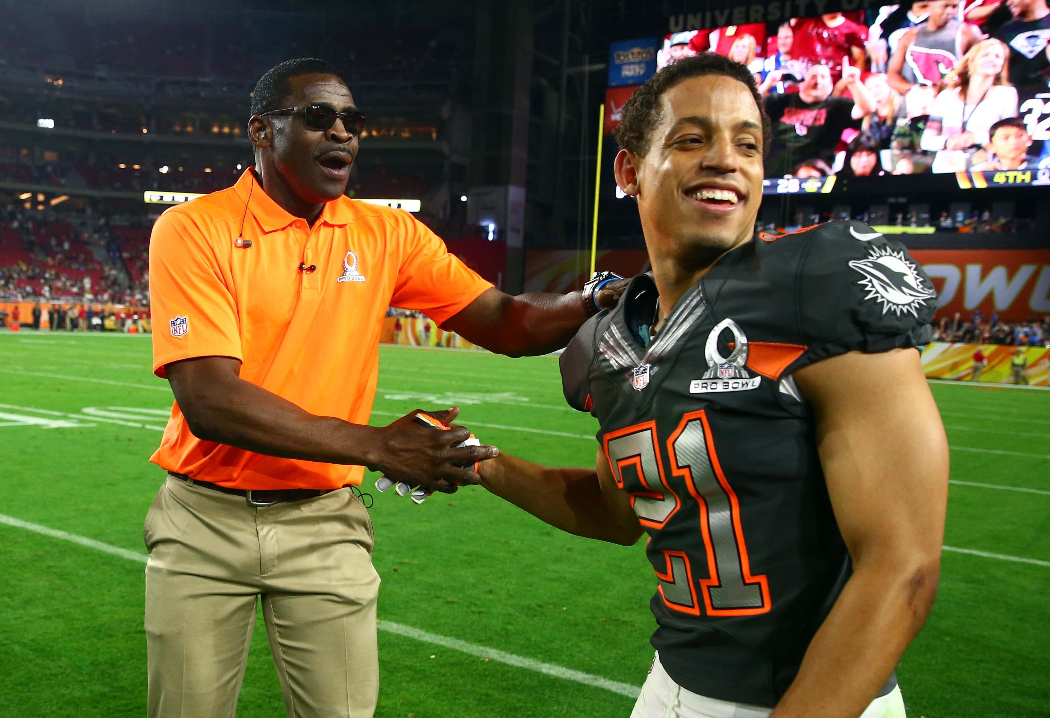 Brent Grimes makes insane back to the ball interception in Pro Bowl