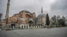 Turkey tightens controls in public places over virus threat