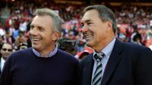 Joe Montana gets street named after him, adds Dwight Clark to the sign