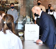 In visit to Mexican restaurant, Biden calls attention to new COVID-relief grants for eateries