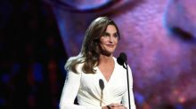 Caitlyn Jenner Looked Ethereal at the 2015 ESPYs, Received Standing Ovation