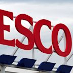 Tesco imposes limits to curb panic-buying