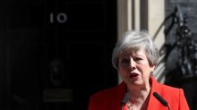Text: British Prime Minister Theresa May announces her resignation