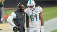 Fitzpatrick keeps his job as Dolphins QB for another week