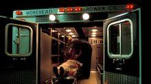 En una ambulancia, paramédicos cumplieron el último deseo de este hombre