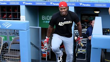 Welcome to Atlanta: Free agent Puig joining Braves