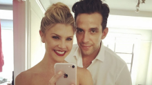 Amanda Kloots breaks down over husband Nick Cordero's COVID-19 struggle: 'Things are going downhill'