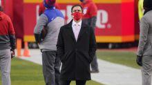 Chiefs Sign Former Raiders Long Snapper Drew Scott