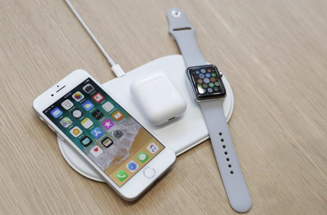 Apple's AirPower wireless charging mat could launch in March