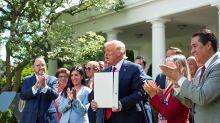 Trump lanza una iniciativa para los latinos con la vista puesta en las elecciones