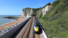 UK heatwave: Commuters warned not to travel on trains as temperatures set to hit 39C
