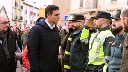 Pedro Sánchez conoce los daños causados por Gloria en Cantavieja (Teruel)