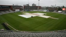 Rain frustrates England victory charge, Broad's 500 bid