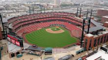 Cardinals offering batting practice with former players at Busch Stadium for a price