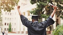 3 tips to score a job before graduation