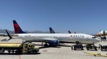 Líneas aéreas suspenden vuelos hacia Israel