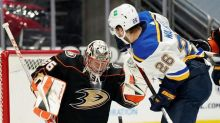 Sanford scores 2 goals, Blues hold off Ducks 5-4