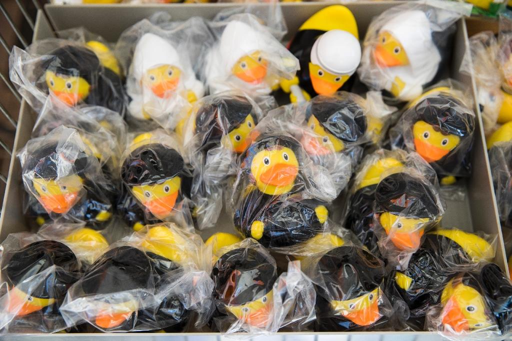 Rubber ducks with a Lutherian costume for sale in Lutherstadt Wittenberg, eastern Germany (AFP Photo/Odd ANDERSEN)