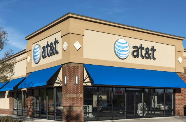 AT&T hiking price of unlimited data to $35 a month