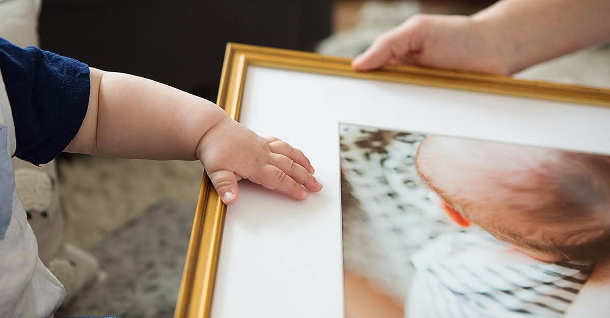 The Internet's Best Framing Service for Moms