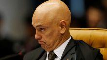 Moraes multa Facebook Brasil em quase R$2 mi e intimapresidente por não bloquear contas de bolsonaristas