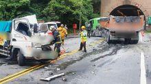 貨車與連結車撞擊  2傷無生命危險