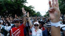 Thai parliament delays decision on constitution changes