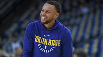 Steph Curry can laugh at himself after pratfalls