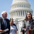 Bernie Sanders: AOC and Rashida Tlaib to join Ilhan Omar in backing 2020 candidate