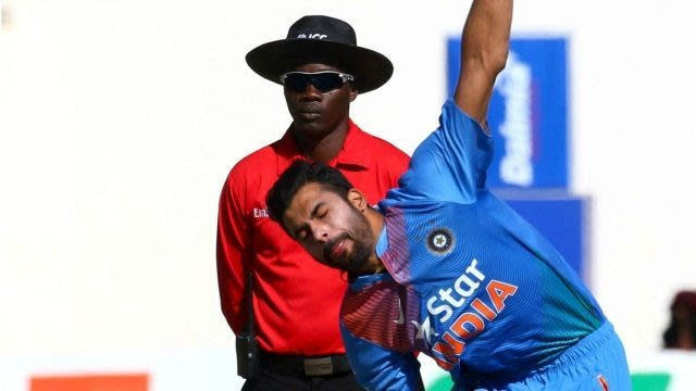 Barinder Sran grabbed 4 wickets against Zimbabwe by just conceding 10 runs.