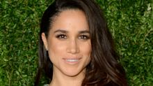 Meghan Markle mujer con pantalones