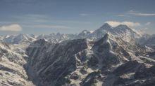 Alpinisme - Alpinisme : le Népal a fermé l'accès à l'Everest... mais pas pour tout le monde