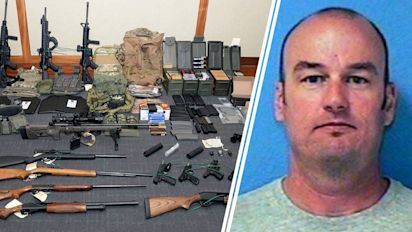 Officer suspected of terror plot could get out of jail