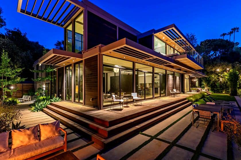 Will Arnett lists award-winning home for  million