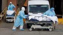 EEUU registra nuevo récord de fallecidos en 24 horas: en Nueva York las morgues están desbordadas y sigue creciendo el número de infectados