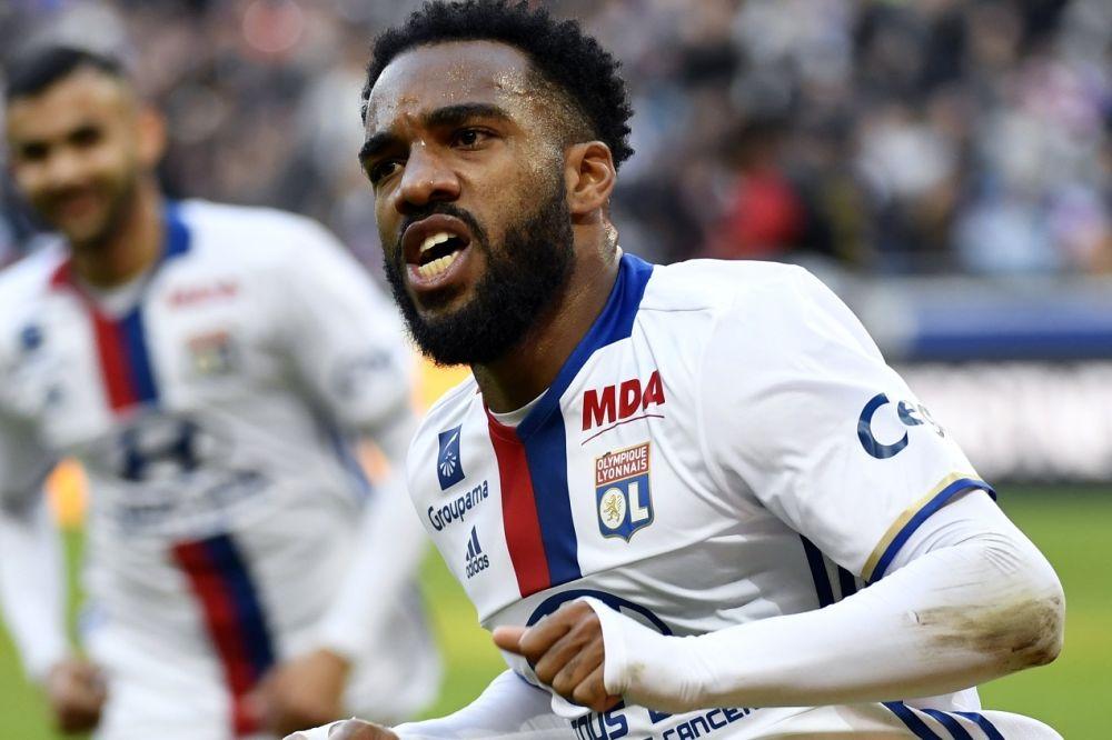 OL: Aulas annonce d'autres clubs que l'Atlético sur le dossier Lacazette