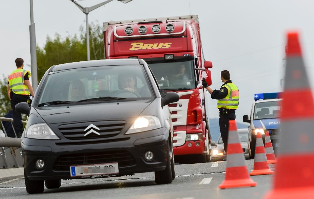 German border checks choke roads in scenes 'like the 80s'