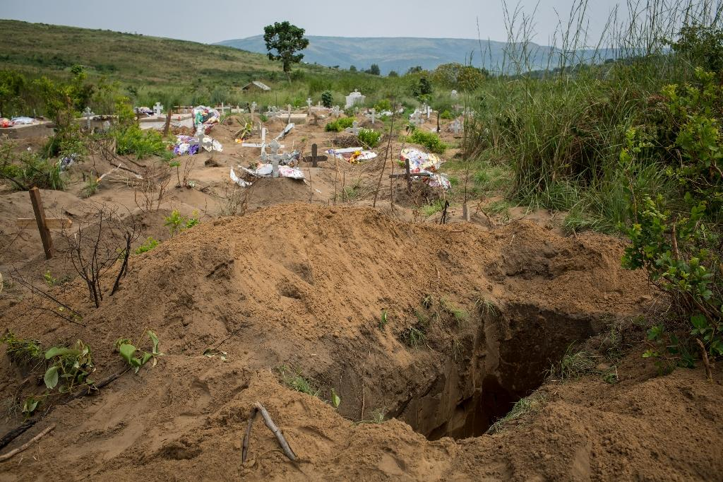 At least 421 bodies were buried in March in a mass grave at the Maluku cemetery, about 100 km from Kinshasa (AFP Photo/Federico Scoppa)