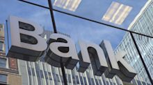 Colorado bank holding company goes public, opens 2 new locations
