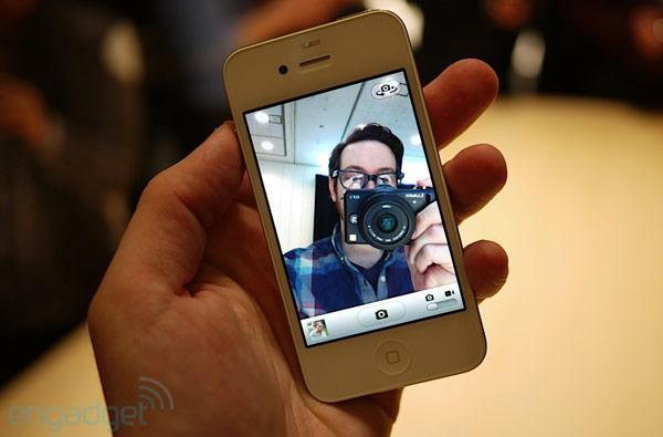 iPhone 4 first hands-on! (update: FaceTime video demo)