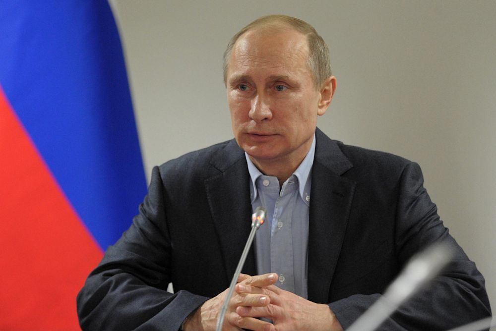 Russian President Putin links gays to pedophiles