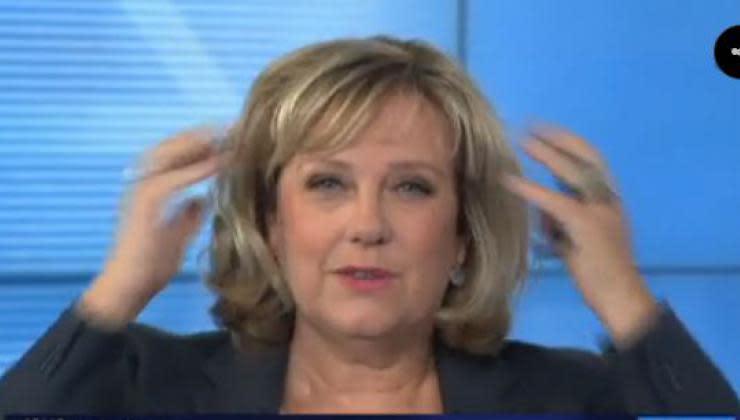 France 3 la r daction diffuse par erreur les coulisses d une mission vid o - Journaliste femme france 2 ...