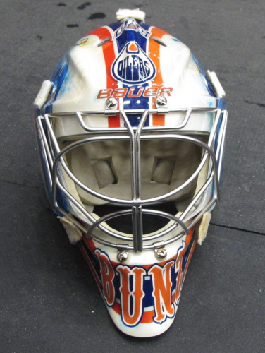 Bunz's stolen mask