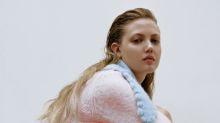 Zara acaba de sacar la chaqueta de punto más bonita para el otoño por menos de 30 euros
