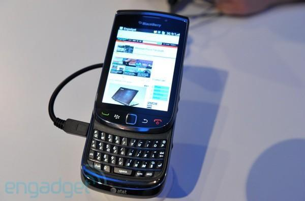 BlackBerry Torch first hands-on! (update: video)