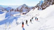 How to avoid getting an injury on a skiing holiday
