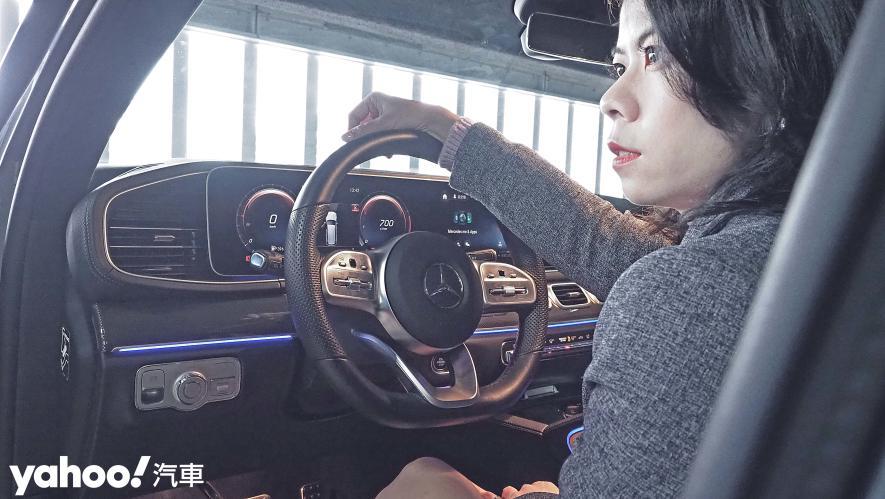 大而得當!2021 Mercedes-Benz GLS 450 4MATIC雨季試駕 - 15