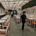 Virus slowdown threatens India's restaurants with bitter aftertaste
